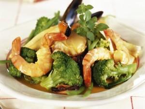 brokkoli-s-moreproduktami i riboi