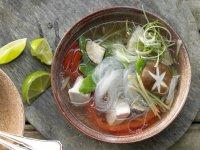 Азиатский суп со стеклянной лапшой