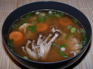Суп овощной с опятами