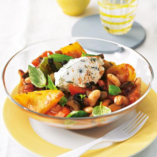 Салат фасоль и баклажанами и перцем
