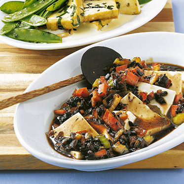 Чёрная фасоль тофу