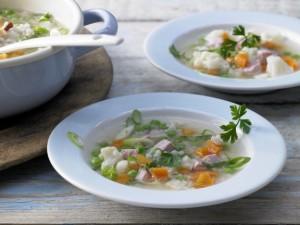Овощной суп с рисом и брокколи