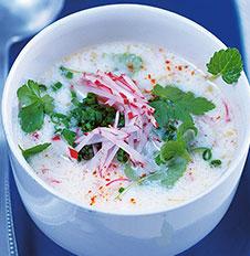 Холодный суп с редисом