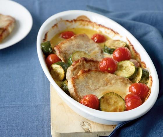 свинная отбивная с овощами