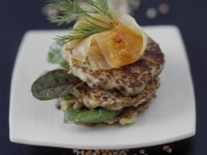 Гречневые оладьи с лососем