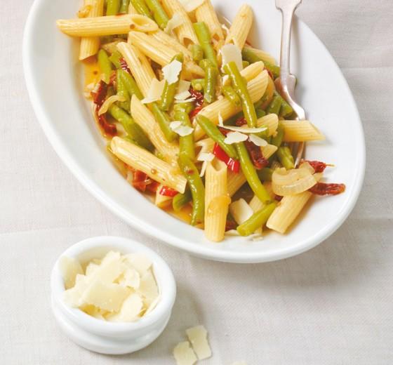 Макароны с фасолью