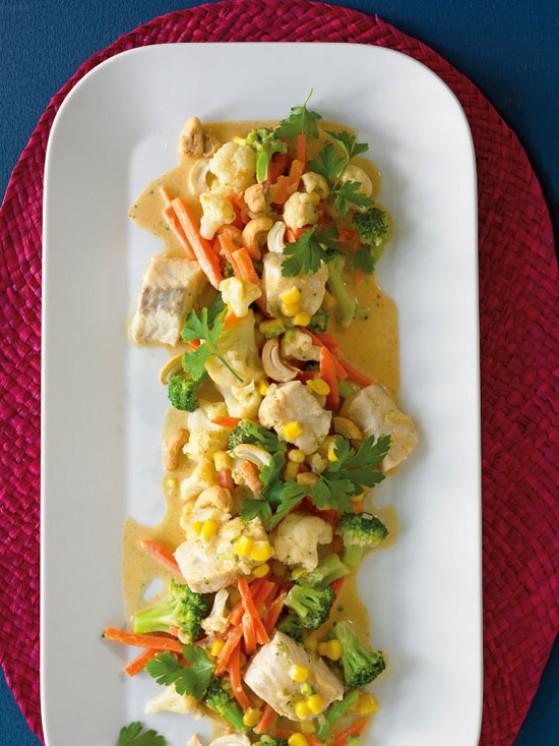 Рыба карри с овощами